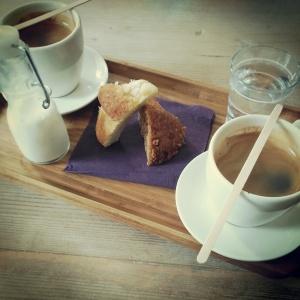 Kozi Lunch: koffie en muffins